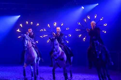 Le spectacle GLORIA par Gilles Fortier et la compagnie Zarkam